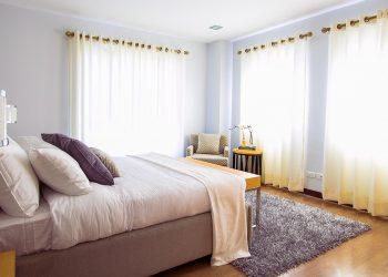 Schlafzimmer kühlen (Tipps) | Hitze im Sommer beim Schlafen