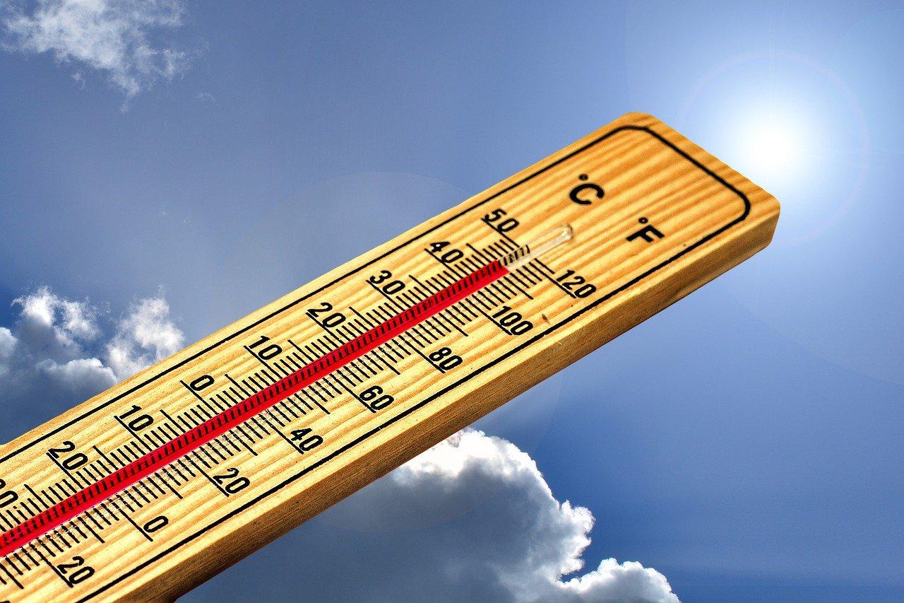 Sommer Hitze Sonne Wolken Himmel Thermometer